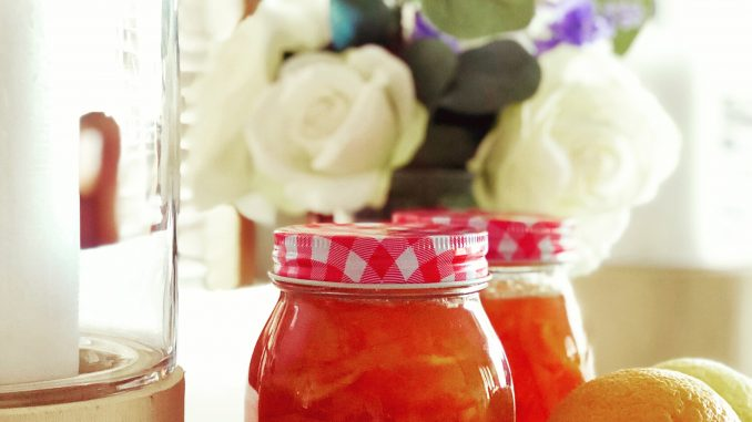 How to make simple jam at home