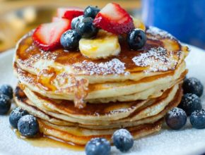 How to Make Fluffy Pancakes at Home