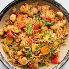How to make rice sticks stir fry noodles at home