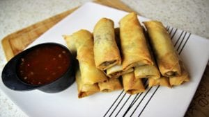 How to: easy recipe for making spring rolls at home