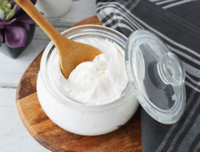 How to make rinse in and leave out hair conditioner.