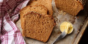 How to bake easy whole-wheat bread at home