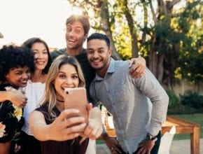 How to choose good friends and maintain healthy relationships